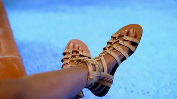 Payless Shoe Source Sandal Sale TV Spot, 'Pool' Song by Danger Twins - Thumbnail 5
