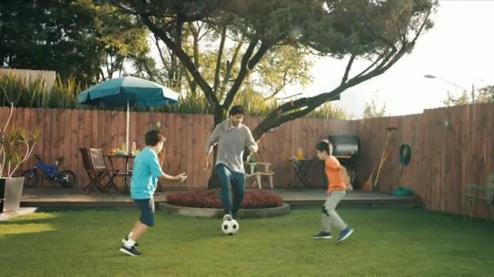 Advil TV Commercial, 'Rodillas retirados'