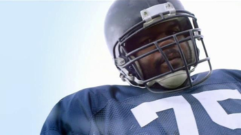 Castrol Edge TV Spot, 'Words of Strength' Featuring Vince Wilfork - Thumbnail 4