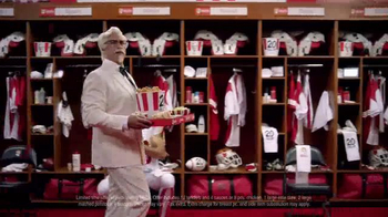 KFC $20 Fill Up TV Spot, 'Real Team' Featuring Rob Riggle - Thumbnail 5