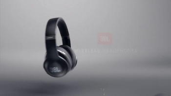 JBL Wireless Headphones TV Spot, 'Lose the Wires. Win the Game.' - Thumbnail 10
