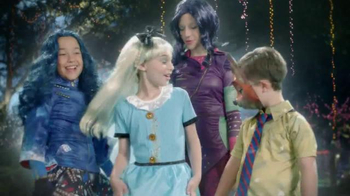 Party City TV Spot, 'Thrillerize Halloween: Disney Costumes' - Thumbnail 2