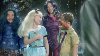 Party City TV Spot, 'Thrillerize Halloween: Disney Costumes' - Thumbnail 3