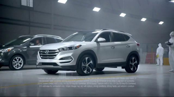 2016 Hyundai Tucson TV Spot, 'Lift' - Thumbnail 2