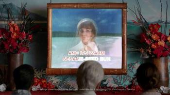 KFC $5 Fill Ups TV Spot, 'Karaoke Romance' Featuring George Hamilton - Thumbnail 6