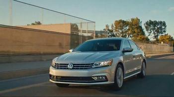 2016 Volkswagen Passat TV Spot, 'Dad, Stop!' - Thumbnail 4
