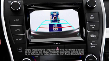 Toyota Camry TV Spot, 'How to With Eli Manning: Standard Backup Camera' - Thumbnail 4