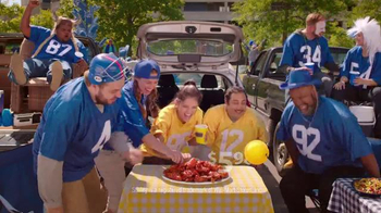 Walmart TV Spot, 'Hot Wings' Song by Fitz and the Tantrums - Thumbnail 7