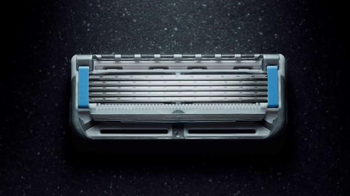 Gillette Proshield Chill TV Spot, 'Shields and Cools as You Shave' - Thumbnail 3