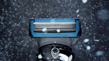 Gillette Proshield Chill TV Spot, 'Shields and Cools as You Shave' - Thumbnail 5