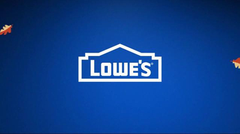 Lowe's TV Spot, 'Fall Fix: Mulch & Fertilizer' - Thumbnail 9