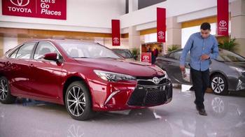 2017 Toyota Camry TV Spot, 'Mind Reader' - Thumbnail 4
