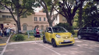 Smart Fortwo Cabriolet TV Spot, 'Radically Open' - Thumbnail 1