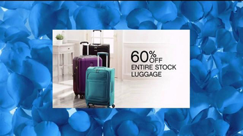 Belk Anniversary Sale TV Spot, 'Fall's Best Looks' - Thumbnail 8