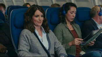 American Express Blue Cash Everyday Card TV Spot, 'Recline' Feat. Tina Fey - Thumbnail 1