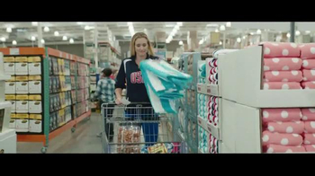VISA TV Spot, 'The Shopping List' Ft. Kerri Walsh Jennings, English Gardner - Thumbnail 2