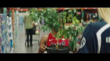 VISA TV Spot, 'The Shopping List' Ft. Kerri Walsh Jennings, English Gardner - Thumbnail 3