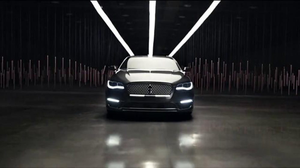 Lincoln Summer Invitation Sales Event TV Commercial, '2016 MKX'