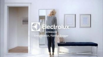 Electrolux SmartBoost TV Spot, 'Secret Behind Great Style' Featuring Emily Jackson - Thumbnail 1
