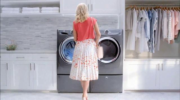 Electrolux SmartBoost TV Spot, 'Secret Behind Great Style' Featuring Emily Jackson