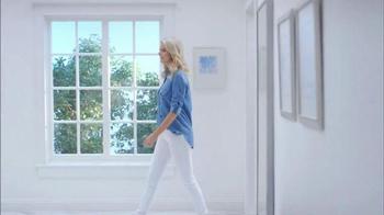 Electrolux SmartBoost TV Spot, 'Secret Behind Great Style' Featuring Emily Jackson - Thumbnail 5