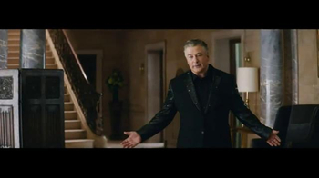 Amazon Echo TV Spot, 'Alec Baldwin and Missy Elliott Dance Party' - Thumbnail 6
