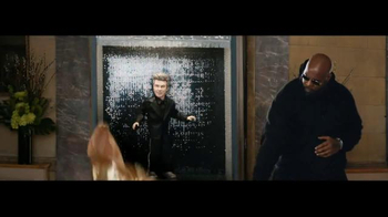 Amazon Echo TV Spot, 'Alec Baldwin and Missy Elliott Dance Party' - Thumbnail 7
