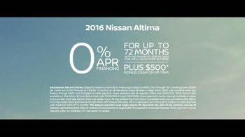2016 Nissan Altima TV Spot, 'Pop Ups' - Thumbnail 8