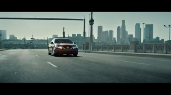 2016 Nissan Altima TV Spot, 'Pop Ups' - Thumbnail 5