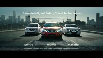 2016 Nissan Altima TV Spot, 'Pop Ups' - Thumbnail 7