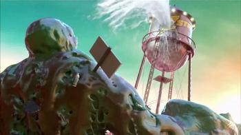 SKECHERS Z Strap TV Spot, 'Amusement Park Monster' - Thumbnail 4