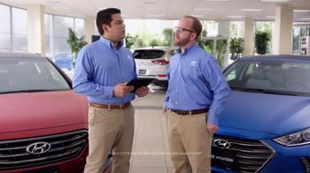 Hyundai Summer Sales Event TV Spot, 'Nervous Salesman: Elantra' - Thumbnail 3