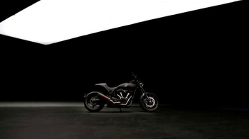 Arch Motorcycle Company KRGT-1 TV Spot, 'Push In' - Thumbnail 2