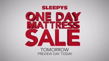 Sleepy's One Day Mattress Sale TV Spot, 'Queen Sets' - Thumbnail 1