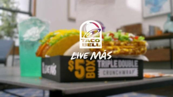 Taco Bell Triple Double Crunchwrap $5 Box TV Spot, 'No Sides' - Thumbnail 10