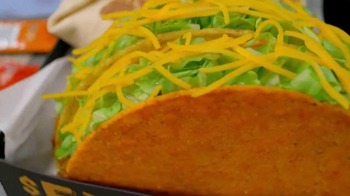Taco Bell Triple Double Crunchwrap $5 Box TV Spot, 'No Sides' - Thumbnail 5