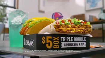 Taco Bell Triple Double Crunchwrap $5 Box TV Spot, 'No Sides'