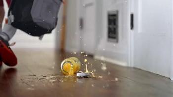 The Home Depot Pergo Outlast+ TV Spot, 'Gran Danés' [Spanish] - Thumbnail 8