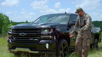 2016 Chevrolet Silverado Realtree Edition TV Spot, 'Toys' Ft. Mike Waddell - Thumbnail 2
