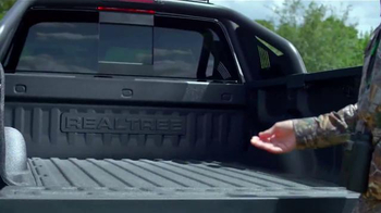 2016 Chevrolet Silverado Realtree Edition TV Spot, 'Toys' Ft. Mike Waddell - Thumbnail 4