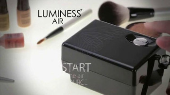 Luminess Air 20th Anniversary Sale TV Spot, 'Gone Like Magic' - Thumbnail 4