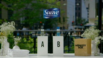 Suave Essentials Body Wash TV Spot, 'Smell Test' - Thumbnail 1