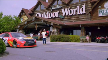Bass Pro Shops Trophy Deals TV Spot, 'Totes, Hiking Boots & Game Camera' - Thumbnail 1