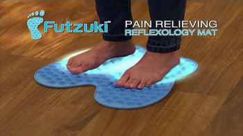 Futzuki Reflexology Mat TV Spot, 'Does Foot Pain Drive You Insane?'