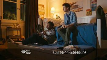 Time Warner Cable Internet TV Spot, 'Data Hoggers' - Thumbnail 4