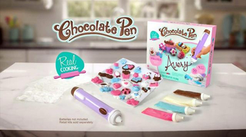 Chocolate Pen TV Spot, 'Chocolate Artist' - Thumbnail 10