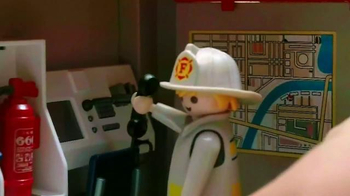 Playmobil City Action TV Spot, 'Fire Rescue' - Thumbnail 2