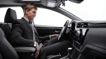2017 Toyota Corolla TV Spot, 'How to With Eli Manning: Stylish Interior' - Thumbnail 6