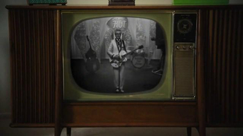 KFC Nashville Hot Chicken TV Spot, 'Nashvillemania' Ft. Vincent Kartheiser - Thumbnail 1