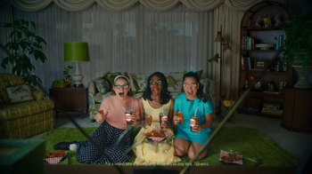 KFC Nashville Hot Chicken TV Spot, 'Nashvillemania' Ft. Vincent Kartheiser - Thumbnail 2